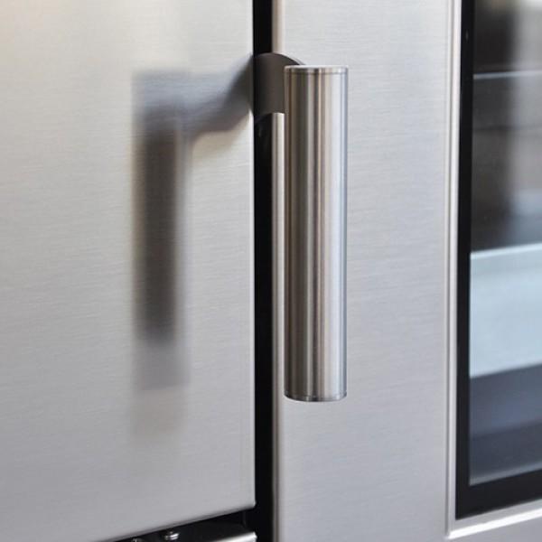 Rizzoli Custom Made Pro Kitchen